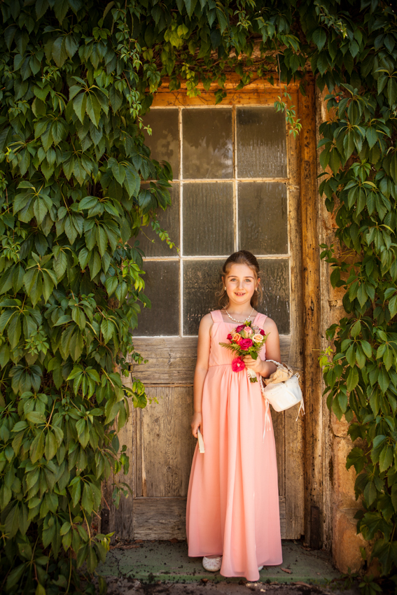 Flowergirl at Old Clarendon Inn