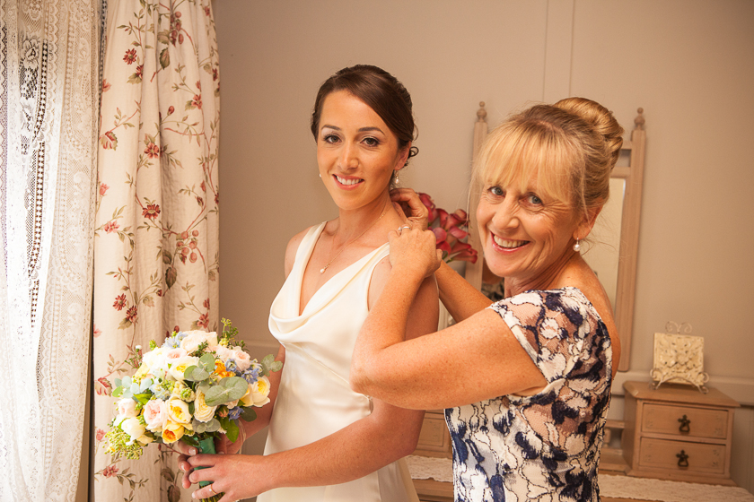 Bridal Prepartions with Mother of the bride at Adelaide Hills Country Cottages